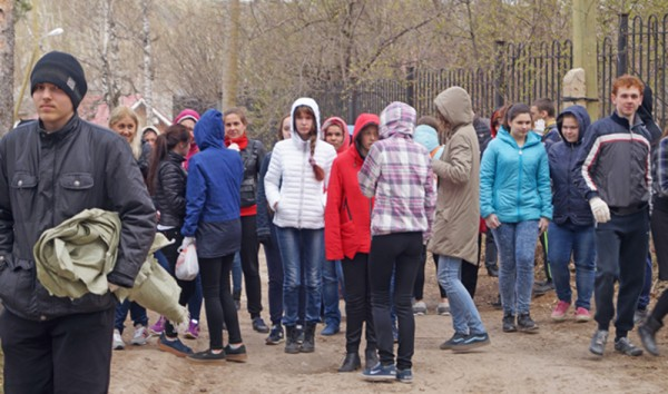 Школьники из Соснового Бора провели экологическую акцию